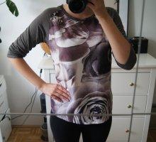Langarmshirt / Blumenmuster / Print / grau/ taupe lila / 3/4-Arm