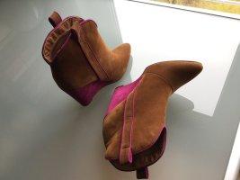 Last Chance: Fashionista Stiefeletten mit Blockabsatz in Cognac-Pink