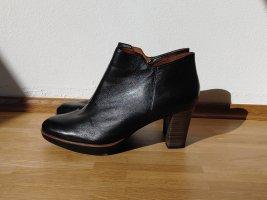 Leder-Ankleboots in Schwarz