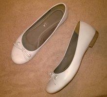 Ballerinas with Toecap white leather