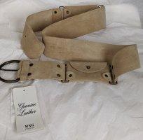 Leder Gürtel mit Details