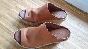 Inuovo Heel Pantolettes cognac-coloured