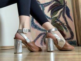 Leder Sandaletten der Luxusmarke PRADA