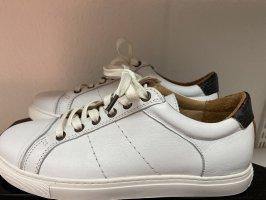 Leder Sneaker von Fred de la Bretoniere