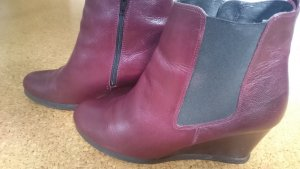 5th Avenue Wedge Booties brown red leather