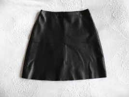 Weekend Max Mara Leather Skirt black leather