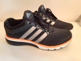 Leichte Adidas Laufschuhe