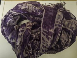 Tchibo / TCM Chal veraniego lila