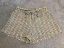 Leine-Shorts