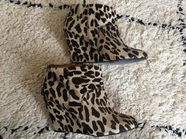 Leopard-Print Boots mit Keilabsatz