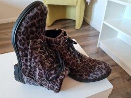 Leoparden Stiefelette mit Gore Tex