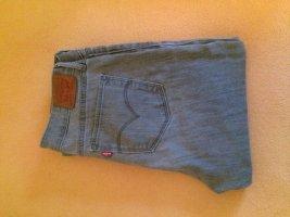 Levi's pantalón de cintura baja gris