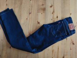 Levis 712 Jeans