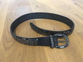 Liebeskind Berlin Cinturón de pinchos negro Cuero