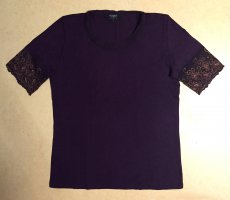 lila farbiges Shirt mit Spitze, kurzärmlig, Gr. M