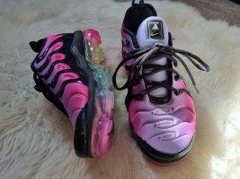 limitiert • Nike Rainbow Vapormax Betrue.Collection