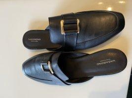 Loafer mit goldener Schnalle von Vagabond