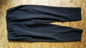 lockere schicke schwarze Hose