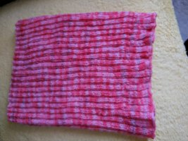 Bid Handmade Knitted Scarf pink