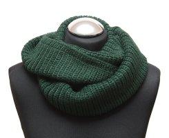 Bufanda de punto verde oscuro