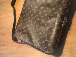 Louis Vuitton Bastille Damier