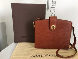 Louis Vuitton Capucines Epi Rot