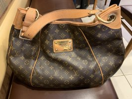 Louis Vuitton Galliera GM Monogram Canvas
