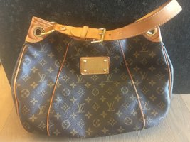 Louis Vuitton Galliera Monogram Canvas
