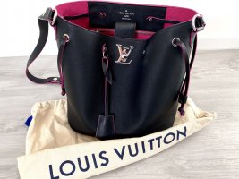 LOUIS VUITTON Lockme Bucket Beuteltasche