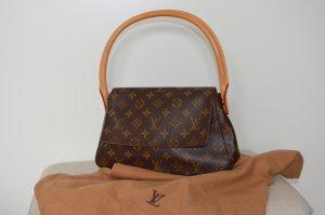 Louis Vuitton Looping Schultertasche aus Canvas