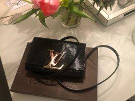 Louis Vuitton Louise Epi Lackleder Bandouliere Crossbody Tasche Pochette