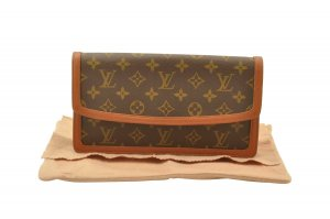 Louis Vuitton Monogram Pochette Dam PM