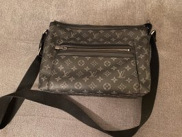 Louis Vuitton Odyssey Messenger PM 44223