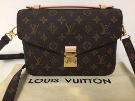 Louis Vuitton Pochette Metis Monogram Tasche