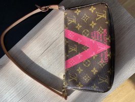 Louis Vuitton Pochette V Limited Edition