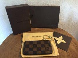 Louis Vuitton Llavero marrón-marrón claro