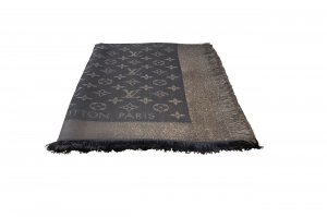 Louis Vuitton Écharpe en tricot gris soie