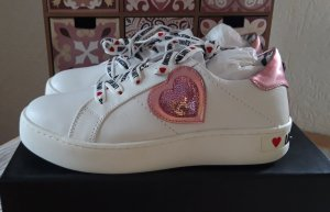 Love Moschino Lace-Up Sneaker white-pink