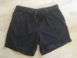 Luftige schwarze Shorts von Mavi