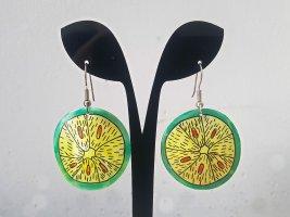 Lustige Vintage Frucht-Ohrringe (Limette) Perlmutt handbemalt aus Ladenauflösung, 80er Jahre