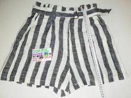 M kurze Hose Bershka schwarz weiß grau gestreift
