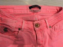 Maison Scotch Jeans a carota fucsia neon