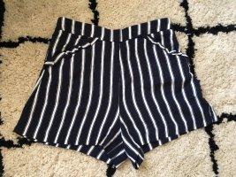 Mango / Dunkelblaue Shorts mit weißen Streifen und süßen Details