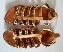 Mango Sandalen mit Steinchen