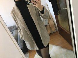 Bershka Abrigo de invierno beige