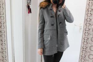 • Mantel von Zara