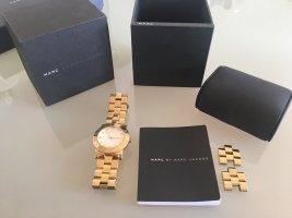 Marc Jacobs Armbanduhr in Gold mit weißem Ziffernblatt, neue Batterie