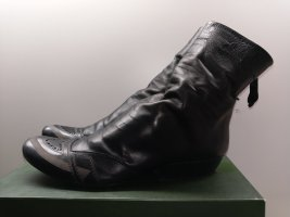 Marithé + Francois Girbaud Slouch Booties black leather