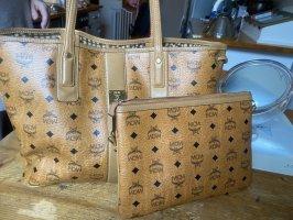 MCM Carry Bag brown
