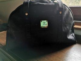 MCM Shopper Mona, Signatur Classic schwarz, der kleine